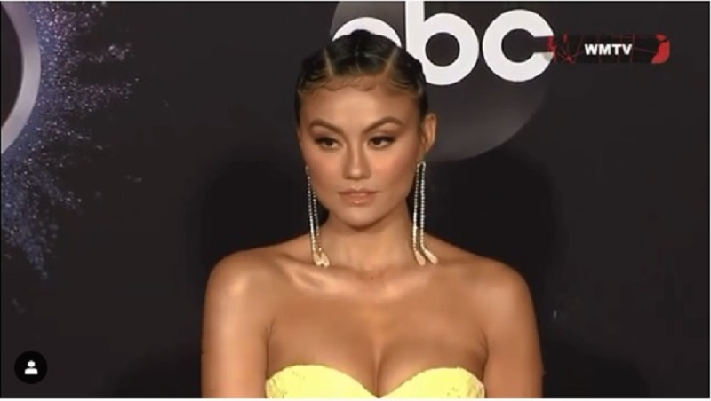 https: img.okezone.com content 2019 11 25 33 2134036 anggunnya-agnez-mo-di-red-carpet-ama-awards-2019-JYbbY2tHDD.jpg