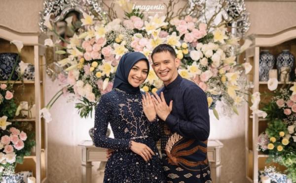 https: img.okezone.com content 2019 11 25 33 2134182 citra-kirana-dan-rezky-aditya-menikah-awal-desember-ini-maknanya-w7xdHy9KT4.jpg