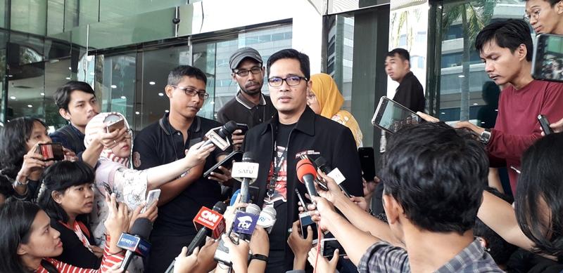 https: img.okezone.com content 2019 11 26 337 2134521 kpk-panggil-direktur-pt-pupuk-indonesia-logistik-terkait-kasus-bowo-sidik-0EAjipWunA.jpg