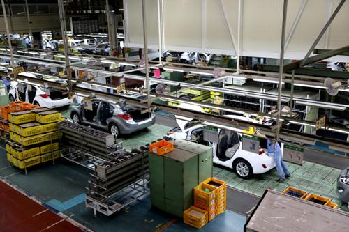 https: img.okezone.com content 2019 11 26 52 2134746 sah-hyundai-punya-pabrik-baru-di-indonesia-oiTc2Ifkbu.jpg
