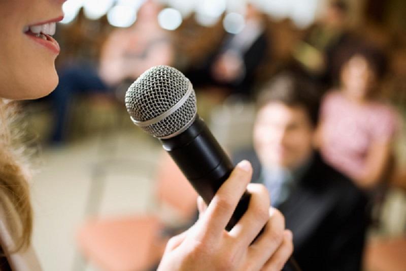 https: img.okezone.com content 2019 11 27 196 2135056 penunjang-karier-ini-tips-punya-kemampuan-public-speaking-yang-baik-JypuVSPJQp.jpg