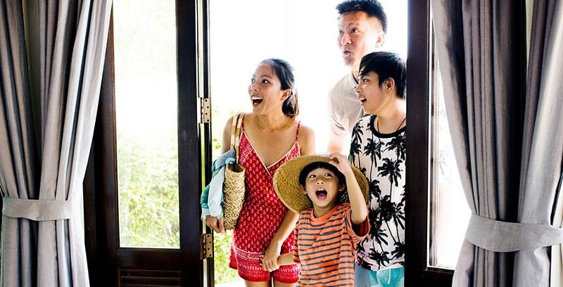 https: img.okezone.com content 2019 11 27 406 2134887 alasan-di-balik-tren-wisatawan-lebih-pilih-homestay-dibanding-hotel-veRQCubafU.jpg