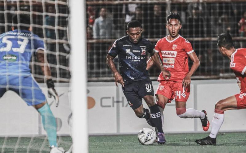 Badak Lampung Gilas Madura United 3-0 : Okezone Bola Badak Lampung
