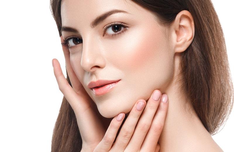 https: img.okezone.com content 2019 11 27 611 2135109 manfaat-asam-glikolat-untuk-kulit-cegah-penuaan-hingga-bikin-tampak-cerah-bRzqYLL8iS.jpg