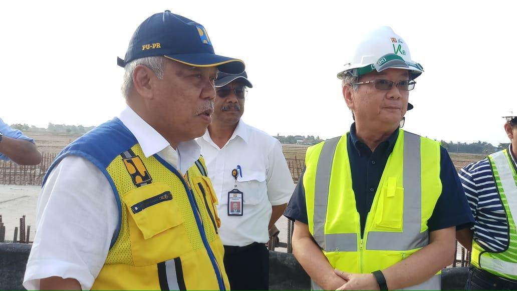 https: img.okezone.com content 2019 11 28 320 2135633 bakal-dikunjungi-jokowi-menteri-basuki-sidak-proyek-pelabuhan-patimban-oeSBxzbJbN.jpeg