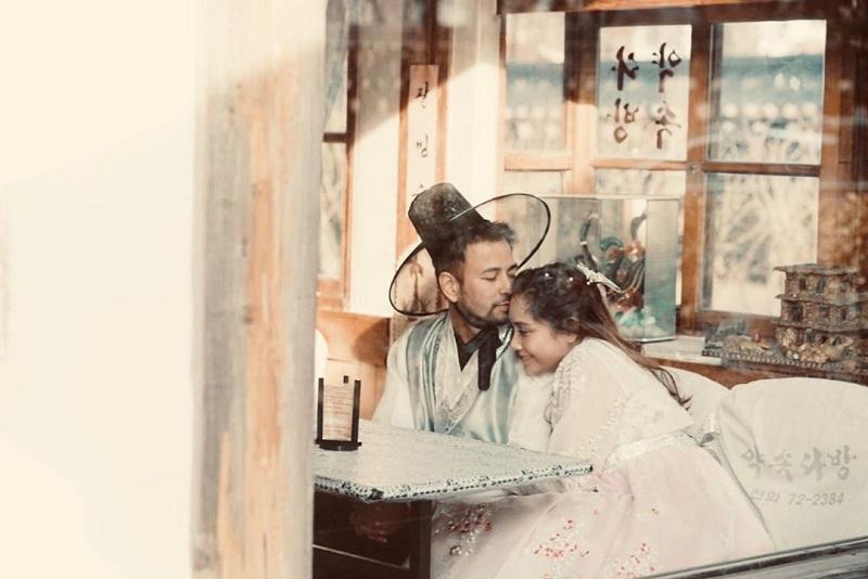 https: img.okezone.com content 2019 11 28 406 2135407 romantisnya-liburan-raffi-ahmad-dan-nagita-slavina-di-korea-serasa-abg-lagi-pacaran-y5fKe5JQ5V.jpg
