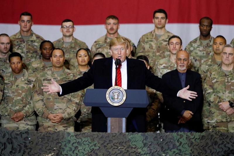 https: img.okezone.com content 2019 11 29 18 2135859 lakukan-kunjungan-kejutan-ke-afghanistan-trump-berharap-gencatan-senjata-dengan-taliban-VC0ZNlKrYL.jpg