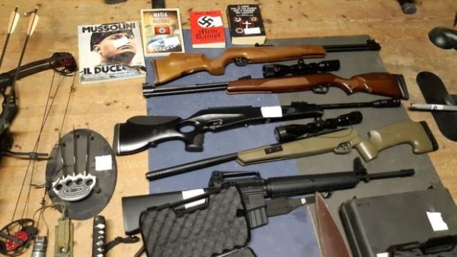 https: img.okezone.com content 2019 11 29 18 2135987 polisi-ungkap-kelompok-yang-ingin-mendirikan-partai-neo-nazi-YiDKHwKByO.jpg