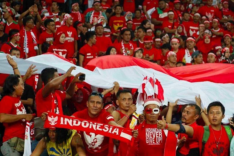 https: img.okezone.com content 2019 11 29 337 2136063 polisi-malaysia-bebaskan-suporter-indonesia-yang-dituduh-provokasi-O1kgR3OzYQ.jpg