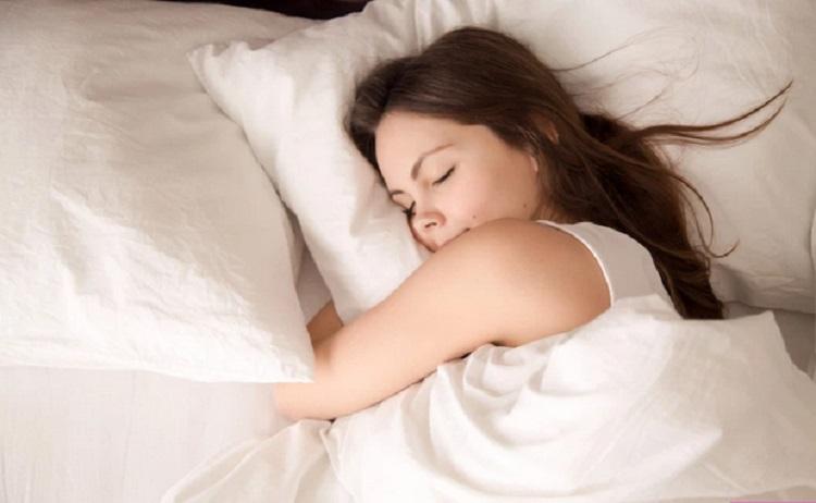 https: img.okezone.com content 2019 11 29 481 2136203 segudang-manfaat-tidur-teratur-yang-bikin-takjub-wLYzv3kczE.jpg