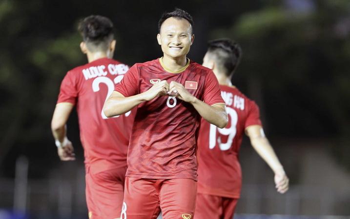 https: img.okezone.com content 2019 11 29 51 2135908 timnas-indonesia-u-22-dihadapkan-dengan-8-pemain-senior-vietnam-di-sea-games-2019-NiAd06uu7S.jpg