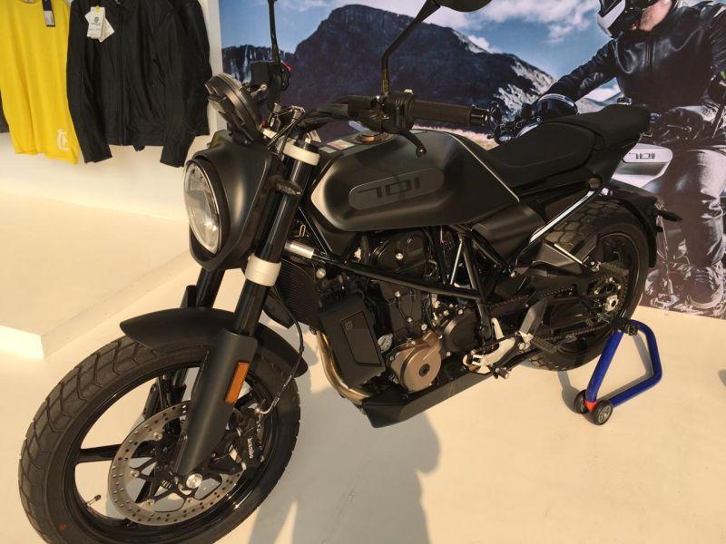 https: img.okezone.com content 2019 11 29 53 2136206 motor-scrambler-seharga-innova-ini-tampil-di-iims-motobike-2019-hDjBWvpjMD.jpg