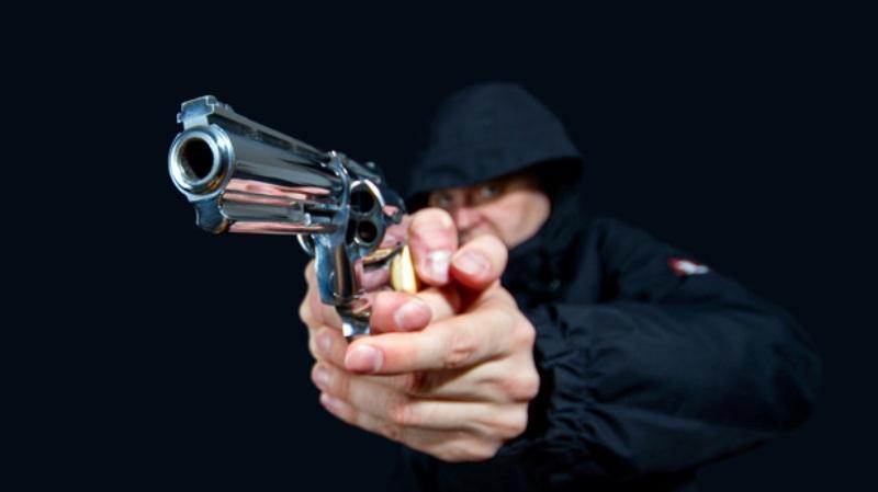 https: img.okezone.com content 2019 11 30 519 2136243 ditolak-bercinta-oleh-pemandu-lagu-pria-ini-tembakkan-pistol-di-ruang-karaoke-o2zraZHwCp.jpg