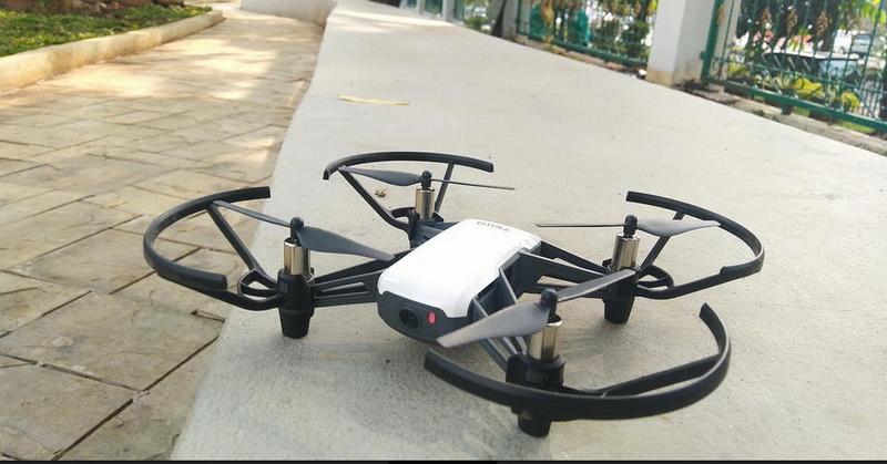 https: img.okezone.com content 2019 11 30 92 2136336 6-tips-aman-bermain-drone-dji-ryze-tello-untuk-pemula-zUQGUNHOwc.jpg