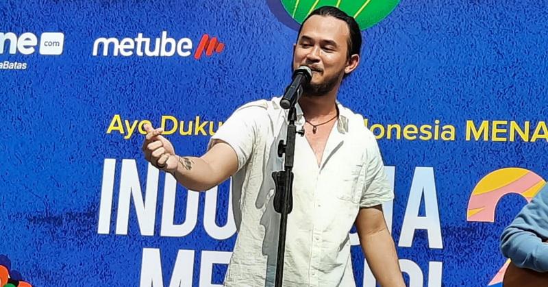 https: img.okezone.com content 2019 12 01 205 2136588 trio-wijaya-ramaikan-deklarasi-indonesia-menang-di-cfd-fx-sudirman-uHqbAGO672.jpg