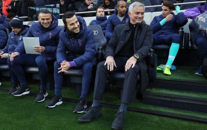 https: img.okezone.com content 2019 12 01 45 2136530 ditangani-mourinho-tottenham-belum-terkalahkan-di-tiga-laga-terakhir-GkFSQztWGo.jpg