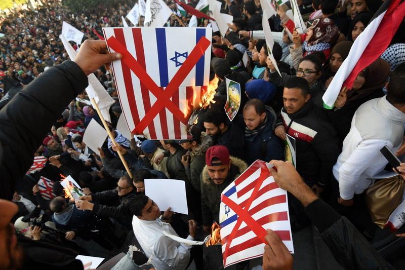 https: img.okezone.com content 2019 12 02 18 2137071 tunisia-didesak-pecat-menterinya-yang-dorong-normalisasi-hubungan-dengan-israel-gnf9WJZoIx.jpg