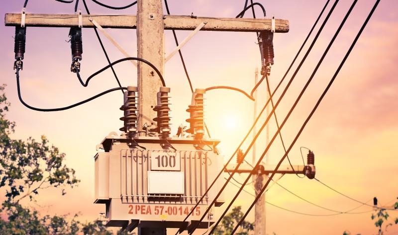 https: img.okezone.com content 2019 12 02 320 2136987 bps-ingatkan-pemerintah-tak-naikkan-tarif-listrik-di-2020-3InVKMRbXa.jpg