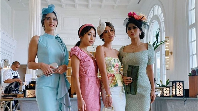 https: img.okezone.com content 2019 12 03 194 2137288 cantiknya-4-hot-mom-di-pernikahan-amanda-gratiana-nia-ramadhani-jadi-perempuan-kerajaan-inggris-Gi3guK6GWQ.jpg