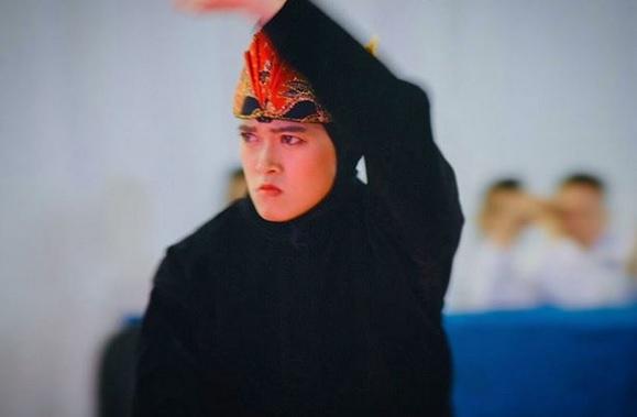 https: img.okezone.com content 2019 12 03 43 2137271 pesilat-puspa-arum-beri-emas-kesembilan-bagi-indonesia-di-sea-games-2019-nbo1yWm0nP.jpg
