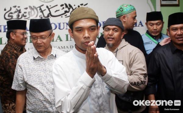 Ustadz Abdul Somad Gugat Cerai Istrinya : Okezone Nasional
