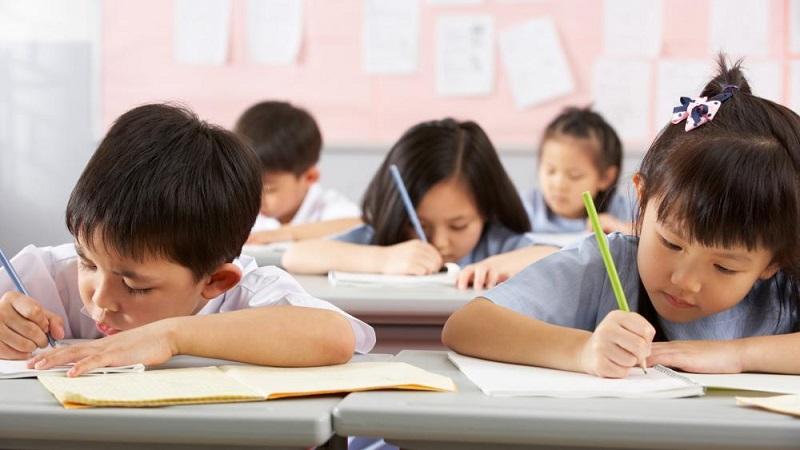 https: img.okezone.com content 2019 12 04 612 2137770 siswa-siswi-di-china-ditetapkan-sebagai-pelajarterpintar-di-dunia-61VlCYuPm2.jpg