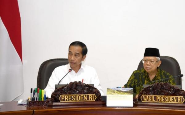 https: img.okezone.com content 2019 12 05 320 2138335 presiden-jokowi-volume-dagang-indonesia-as-tembus-rp831-triliun-pada-2024-LF8XG47EMz.jpg