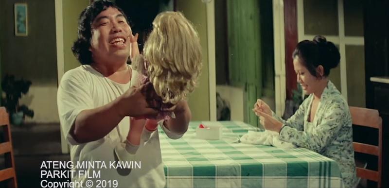 https: img.okezone.com content 2019 12 07 33 2139244 ateng-besar-di-kwartet-jaya-hingga-jadi-ikon-film-komedi-PPXVRLOULx.jpg