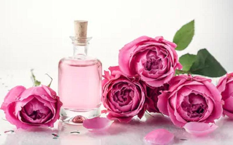 https: img.okezone.com content 2019 12 07 614 2139131 bagaimana-hukum-parfum-dan-obat-obatan-yang-mengandung-alkohol-A6IhUjmXtJ.jpg
