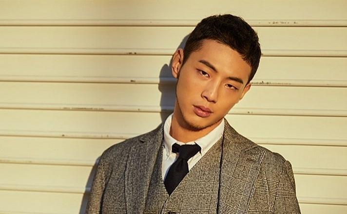 https: img.okezone.com content 2019 12 08 194 2139358 4-aktor-korea-ini-punya-kulit-eksotis-manis-banget-wY3bOSsCrz.jpg