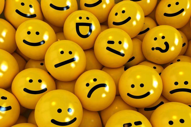 https: img.okezone.com content 2019 12 09 65 2139610 sering-dengar-emoji-dan-emoticon-apa-perbedaannya-ZZDPzawA4p.jpg