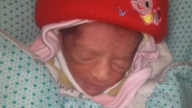 https: img.okezone.com content 2019 12 10 18 2140153 perawat-di-pakistan-curi-bayi-untuk-diberi-ke-bibinya-yang-tak-punya-anak-5AaKsmzxNQ.jpg