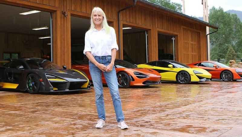 https: img.okezone.com content 2019 12 10 52 2140134 wanita-yang-menghabiskan-uang-miliaran-untuk-mengoleksi-supercar-mclaren-dj5h2FImhP.jpg