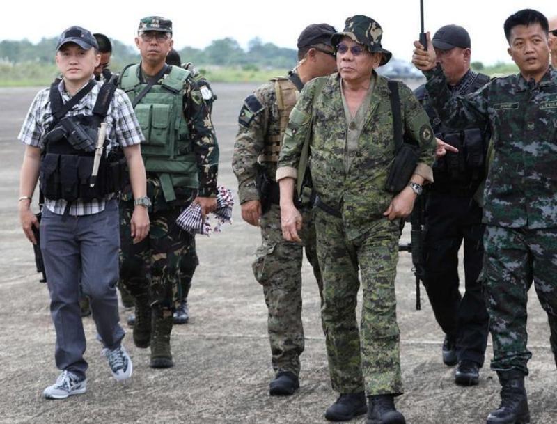 https: img.okezone.com content 2019 12 11 18 2140521 setelah-dua-tahun-duterte-akan-cabut-darurat-militer-di-filipina-selatan-xTfshndGgw.jpg