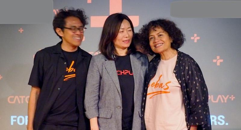https: img.okezone.com content 2019 12 11 206 2140855 mira-lesmana-antusias-film-bebas-tayang-di-platform-digital-DalgBSgPog.jpeg