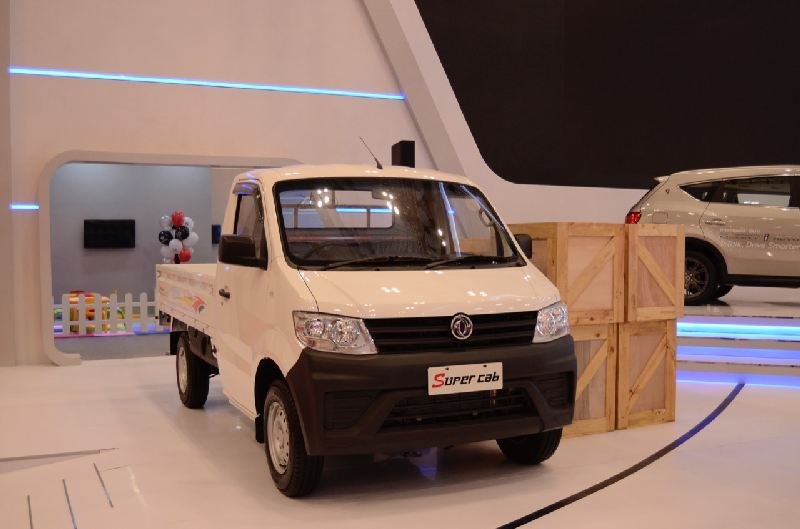 https: img.okezone.com content 2019 12 11 52 2140783 kompetitif-di-pasar-kendaraan-komersial-dfsk-bukukan-1-701-unit-super-cab-1yfTSbL8sT.jpg