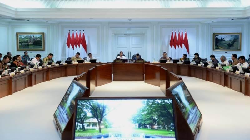 https: img.okezone.com content 2019 12 11 56 2140804 agenda-riset-nasional-harus-bawa-indonesia-bertransformasi-jadi-negara-maju-EZXqDorIJq.jpg