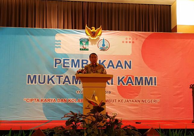 https: img.okezone.com content 2019 12 12 43 2140939 menpora-sayangkan-indonesia-absen-di-beberapa-cabang-olahraga-sea-games-2019-a4PgJwdBhA.jpg