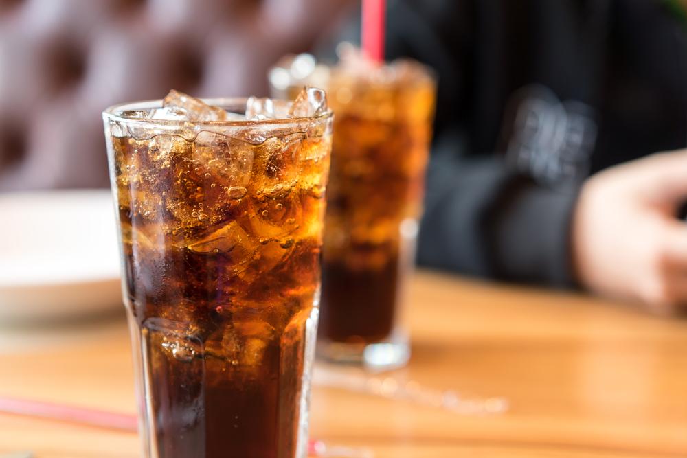 https: img.okezone.com content 2019 12 13 320 2141492 coca-cola-siapkan-investasi-rp5-32-triliun-di-ri-RdfUfVvHWl.jpg