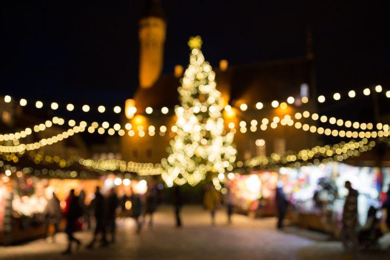 https: img.okezone.com content 2019 12 13 406 2141553 7-pasar-natal-terbaik-di-dunia-unik-unik-deh-4wlLEFi7ud.jpg