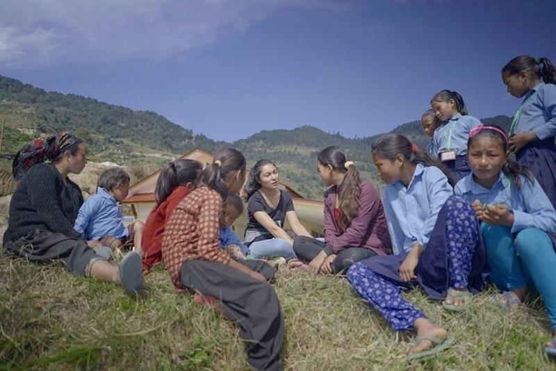 https: img.okezone.com content 2019 12 15 194 2142040 fokus-ke-pendidikan-anak-desa-nepal-jadi-pemenang-beauty-with-a-purpose-di-miss-world-2019-tRfnMChKFO.jpg