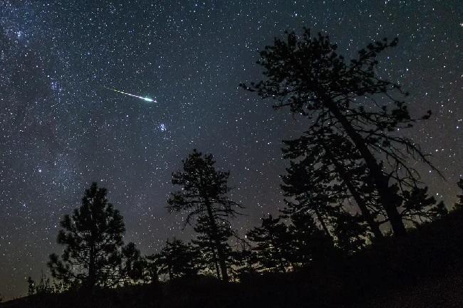 https: img.okezone.com content 2019 12 17 207 2142926 kaleidoskop-2019-regulasi-imei-hujan-meteor-hingga-ponsel-kamera-108mp-hG08vgYjpd.jpg