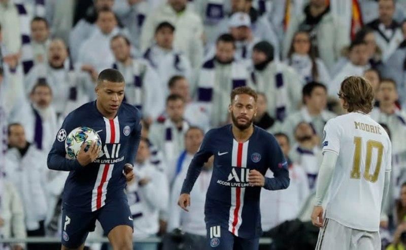 https: img.okezone.com content 2019 12 17 261 2142832 pelatih-dortmund-psg-bukan-hanya-neymar-dan-mbappe-YbUMtNycrq.jpg