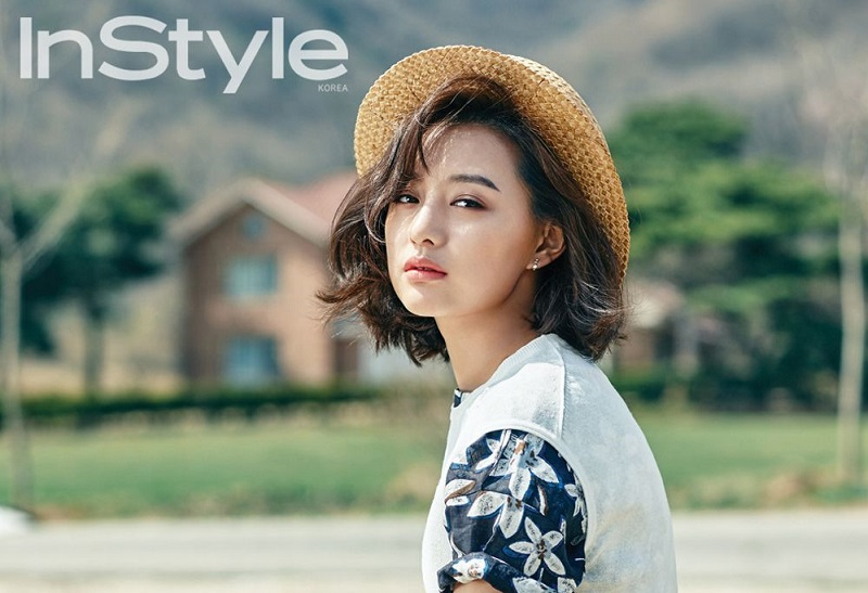 https: img.okezone.com content 2019 12 17 33 2142839 kontrak-berakhir-kim-ji-won-tinggalkan-king-kong-by-starship-CpI0rLu6aK.jpg
