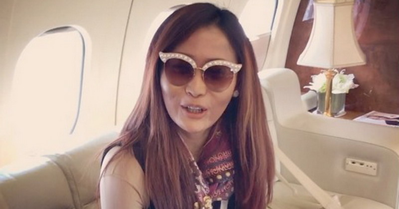 https: img.okezone.com content 2019 12 19 33 2143982 pamer-pencapaian-inul-daratista-singgung-soal-artis-naik-pesawat-jet-pribadi-MhVSG1mYbc.jpg