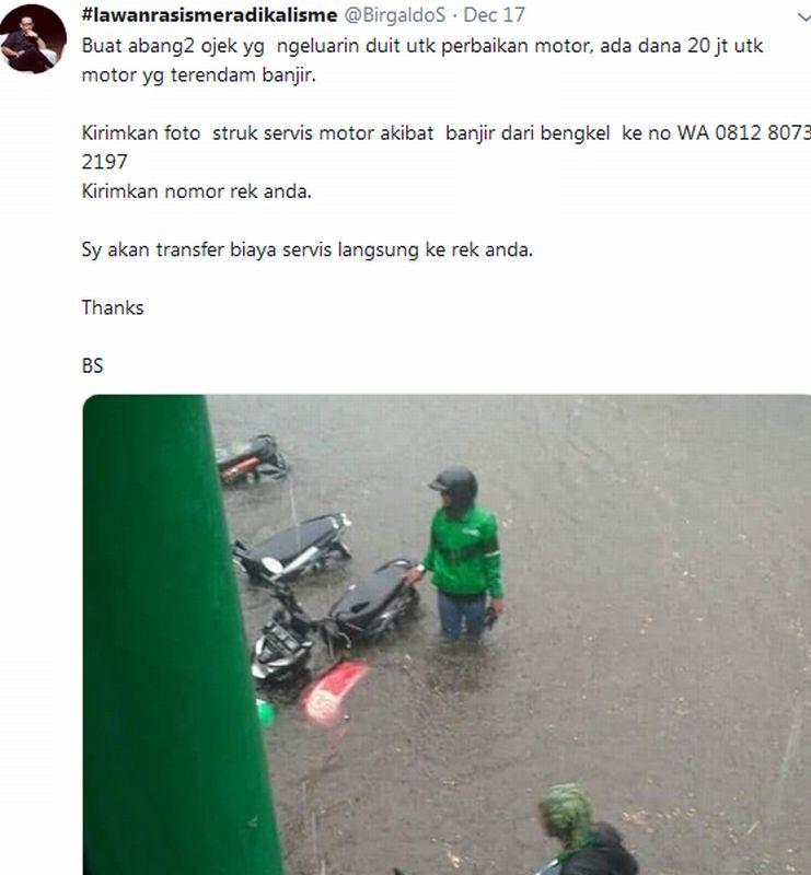 https: img.okezone.com content 2019 12 19 53 2143825 banjir-jakarta-rendam-belasan-motor-ojol-pria-ini-berani-tanggung-biaya-servis-64ZNEnTuI8.jpg