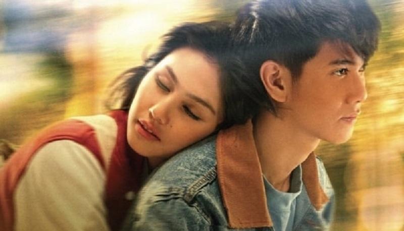 https: img.okezone.com content 2019 12 23 206 2145238 kaleidoskop-2019-5-film-indonesia-paling-laris-L06xKKdGf3.jpg