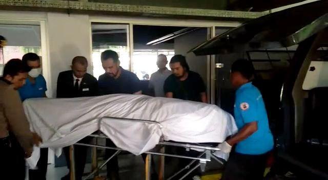 https: img.okezone.com content 2019 12 23 340 2145387 kopilot-lion-air-ditemukan-meninggal-di-hotel-diduga-serangan-jantung-YYhW4IScXc.jpg