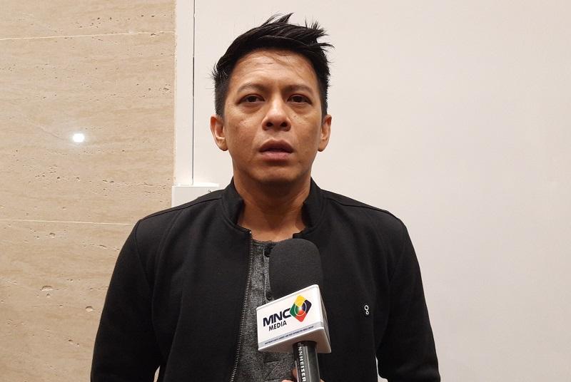 https: img.okezone.com content 2019 12 24 598 2145736 pesan-ariel-noah-untuk-para-peserta-indonesian-idol-jDjo56kZDg.jpg