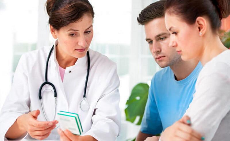 https: img.okezone.com content 2019 12 25 481 2145966 rekan-kerja-alami-penyakit-kronis-ini-yang-bisa-anda-lakukan-s16KWInuok.jpg